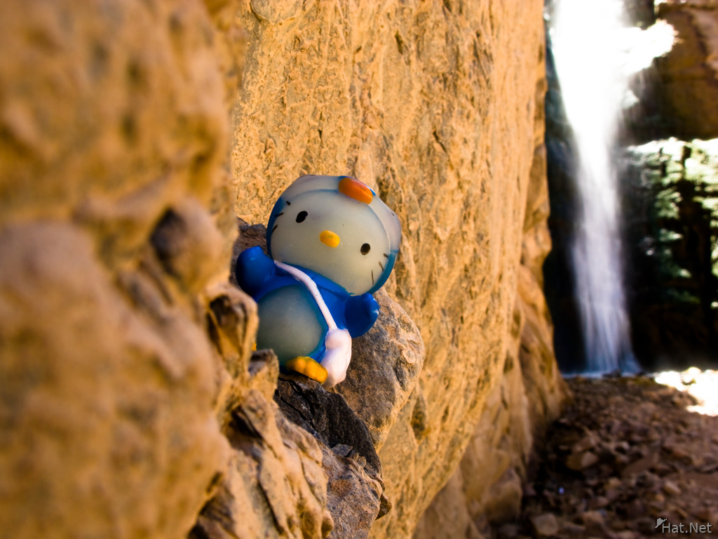 hello kitty in diablo waterfall
