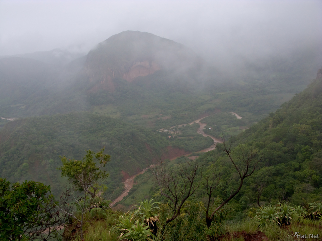 samaipata in mist