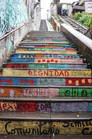 20151014111022_Colorful_Stairs_in_Valparaiso