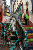 20151014114859_Colorful_Alley_in_Valparaiso