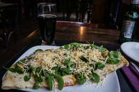 20150923164539_Food--cheese_and_spinach_pizza