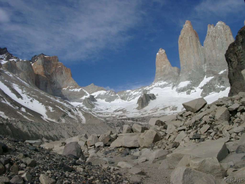 torres del paine-three tower